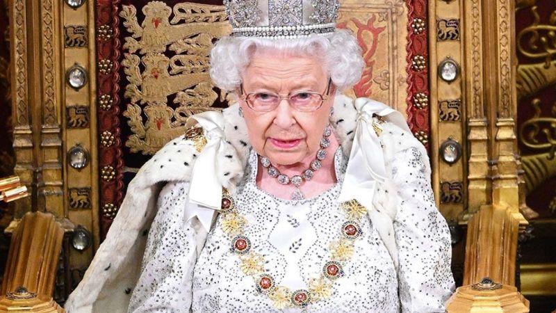 Reina Isabel II hace historia de nuevo: Su discurso anual de integra a la más nueva tecnología