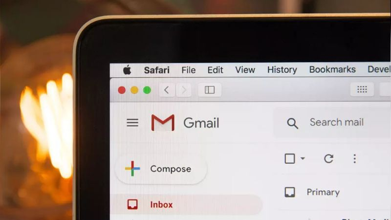 La confirmación de lectura también existe en Gmail y así puedes activarla