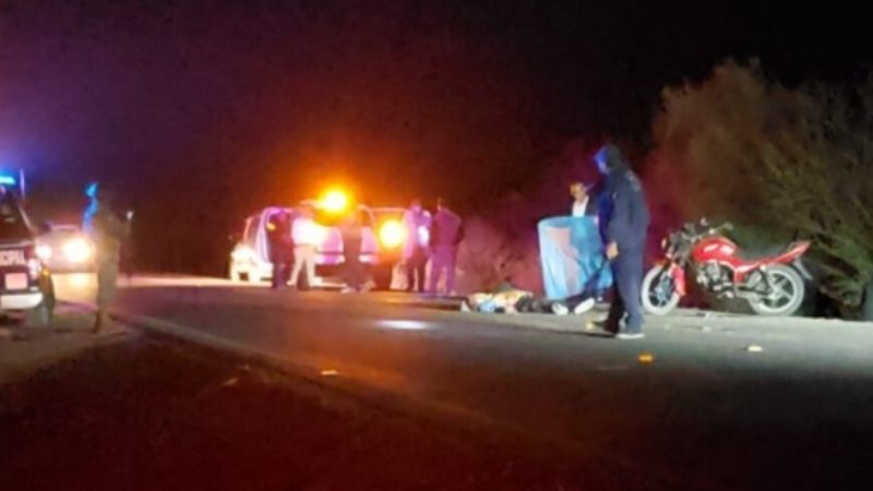 Muere un ciclista arrollado por motocicleta en Empalme; hay dos lesionados