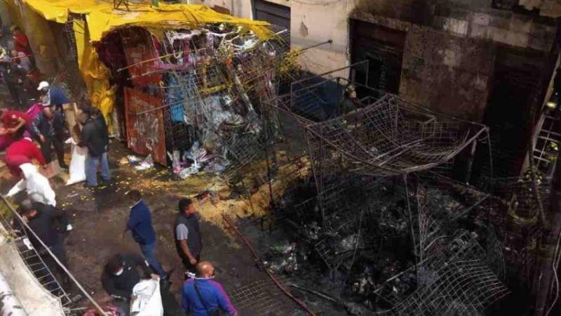 Ciudad de México: Incendio en la Merced consume 5 puestos y una bodega