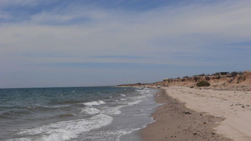 Contingencia y frío acaban con los operativos en las playas