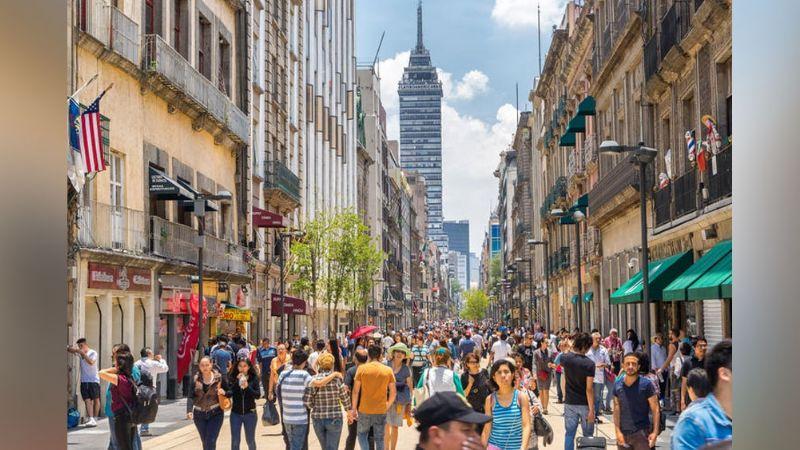 Metro de la Ciudad de México pide a la población que no acuda al Centro Histórico