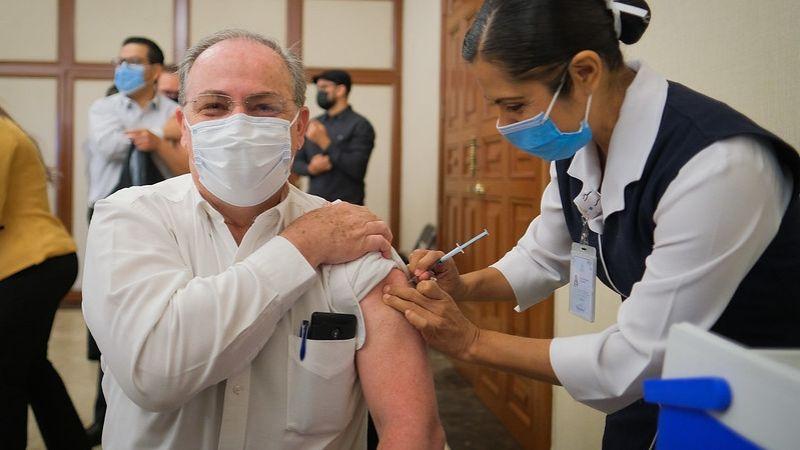 CDMX, Querétaro y Toluca inician vacunación contra el Covid-19 en hospitales