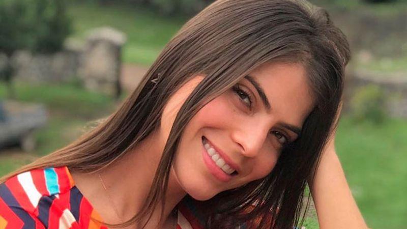 FOTO: Esmeralda Ugalde deslumbra a todos con su belleza en esta Noche Buena