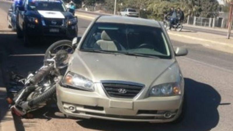 Muere motociclista al ser embestido por auto en la carretera Empalme-Obregón