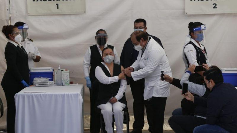 """""""No es un premio ni nada"""": Vacunas contra Covid-19 de Pfizer llegan a Coahuila"""