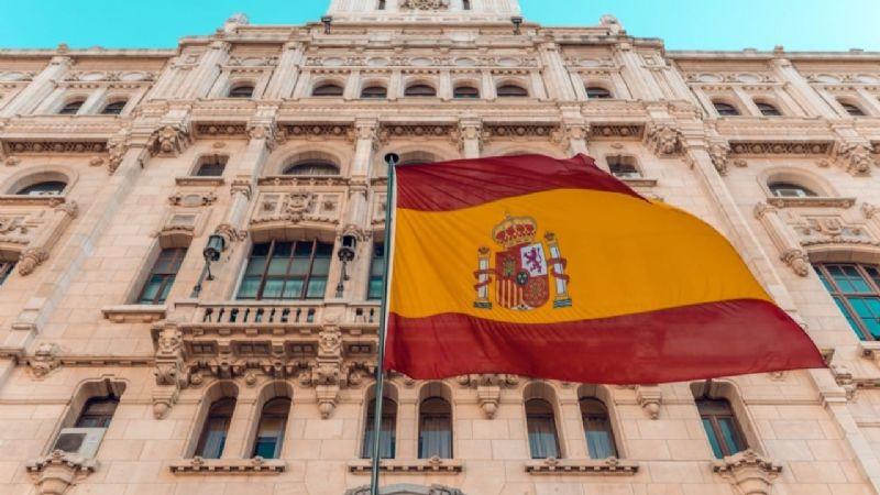 España supera el alarmante umbral de 50 mil muertes por Covid-19