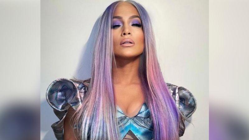Jennifer Lopez sorprende a todos sus fanáticos con un extravagante cambio de 'look'