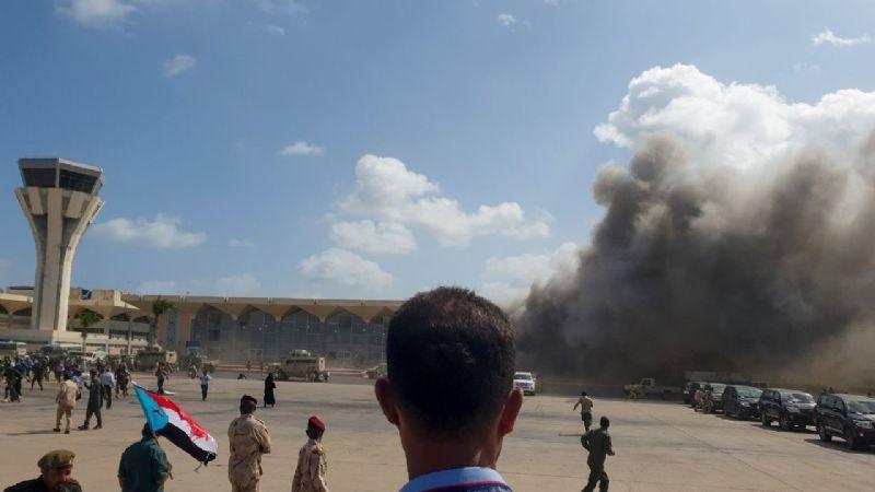 Ataque terrorista en aeropuerto de Yemén deja 16 muertos y 50 heridos