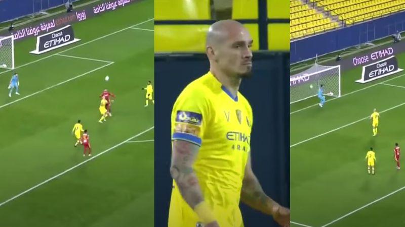 VIDEO: Futbolista comete terrible error y mete gol a su propio equipo y su reacción se vuelve viral