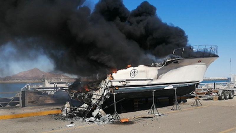 Disturbios en Baja California deja vehículos quemados y personas heridas