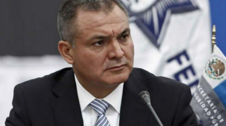 Genaro García Luna, aislado en prisión por Covid-19; juez retrasa un mes más su juicio