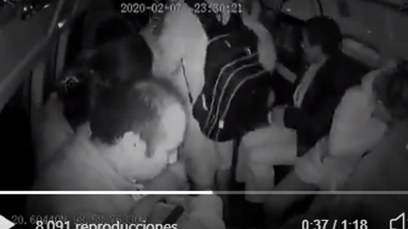 """(VIDEO) """"Dale un balazo, no me quiere dar el teléfono"""": Así asaltan en CDMX"""