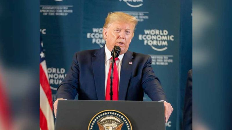 El brote de coronavirus acabará con la llegada del calor, asegura Trump