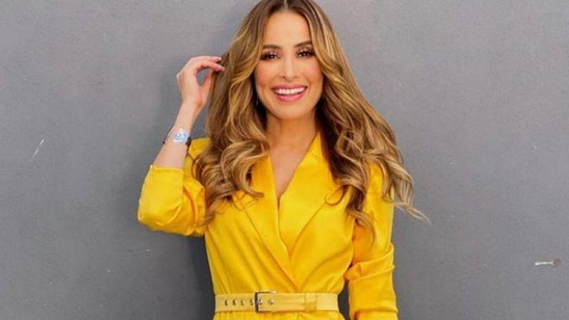 ¿Todo eso? Cynthia Rodríguez acalora las redes sociales en entallada falda de cuero