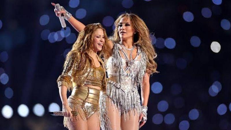 Shakira desata indignación por usar playback en show del Super Bowl LIV
