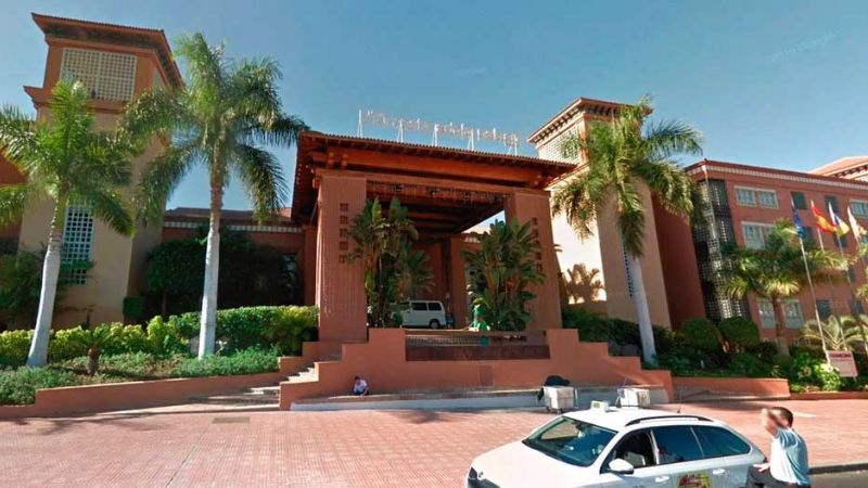 Coronavirus: Italiano provoca cierre de hotel con mil turistas en Tenerife