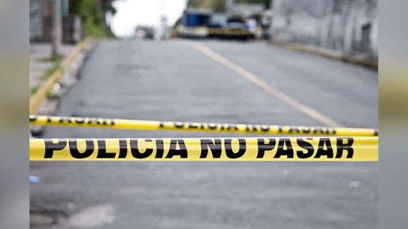 Otro feminicidio más: Encuentran a mujer calcinada cerca de unas canchas