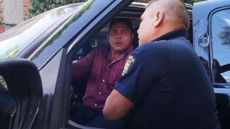 Senadora de Morena y su asesor arman escándalo; lo liberan pese a traer 'droga'