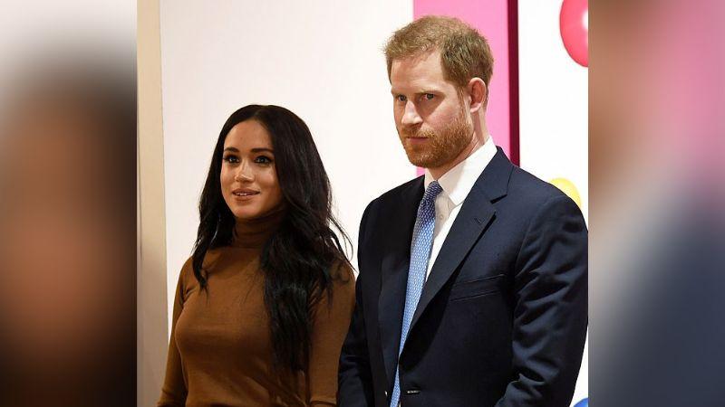 """Meghan Markle se siente """"insultada"""" y llamaría """"mezquina"""" a la Reina Isabel II"""