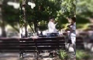 VIDEO: Guardia agrede a indigente afuera de Catedral de Hermosillo