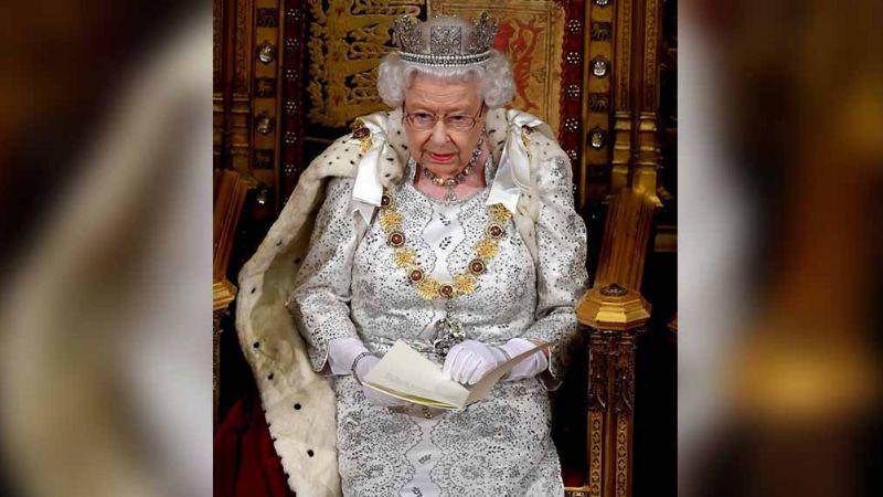 Tormento de esta princesa habría hecho que Isabel II aceptara renuncia de Harry