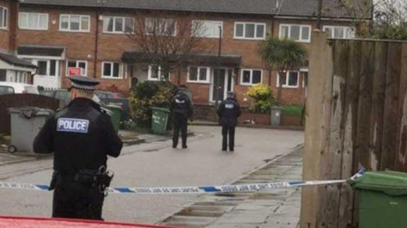 Autoridades evacúan escuela por la amenaza de un hombre con una bomba