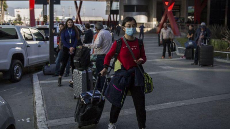 México repatría a mexicanos de Wuhan por riesgo de nuevo coronavirus
