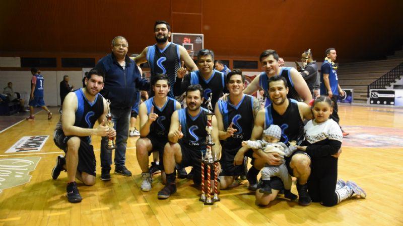 Clínica San José se corona campeón a la Liga de Basquetbol de Navojoa