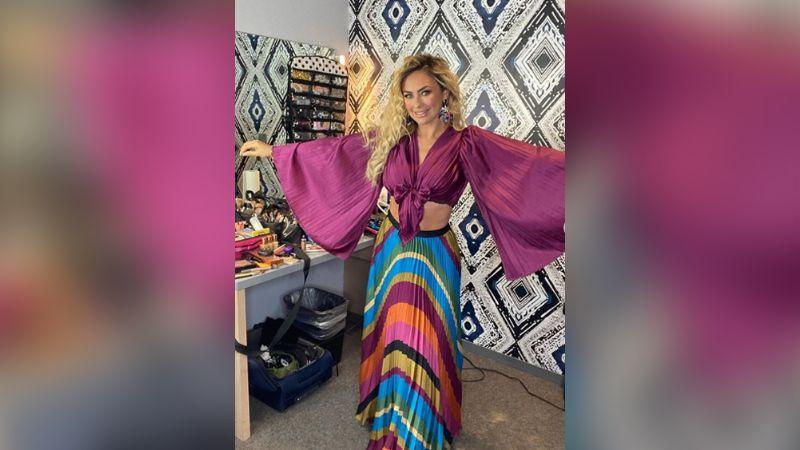 """""""No necesita vestidos cortos"""": Aracely Arámbula se luce con nuevo atuendo"""