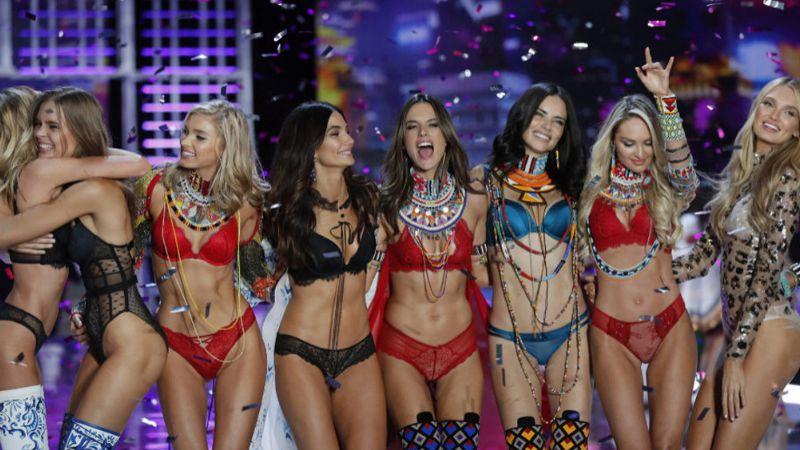 Modelos de Victoria's Secret, alzan la voz contra el acoso de ejecutivos