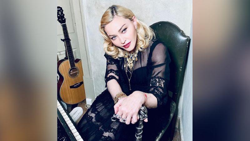 ¡De terror! Madonna atemoriza a fans al realizar selfie con mirada malvada