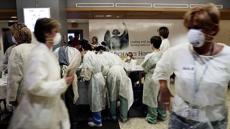 Coronavirus iguala al SARS en víctimas mortales; ya van 813 decesos
