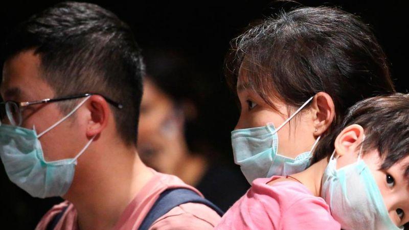 Hong Kong: Parientes contraen coronavirus al celebrar cena familiar