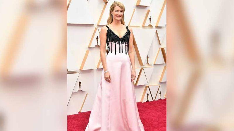 Los 'looks' que llenaron de glamour y elegancia la alfombra roja de los Oscar