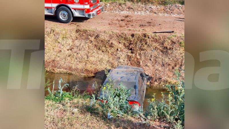 Hombre pierde la vida tras volcar dentro de un dren en Ciudad Obregón