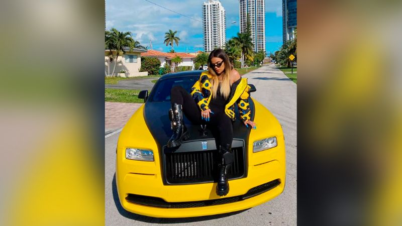 """El impactante 'look' de Karol G que cautivó las redes: """"Eres una reina"""""""
