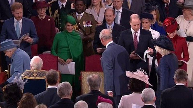 ¡Meghan Markle no deja de sorprender! Hace reverencia al Príncipe Carlos