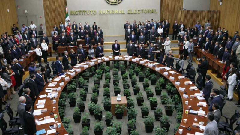 Candidatos a consejeros del INE son eliminados por vínculos partidarios
