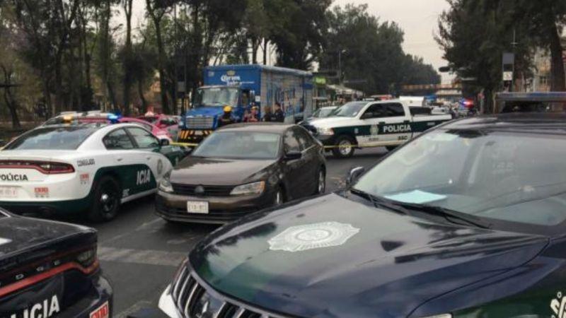Asesinan a balazos a hombre frente a su hijo; lo llevaba a la escuela