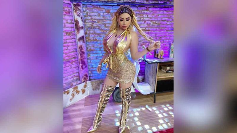 'La Bebeshita' complace a internautas con candente baile en poca ropa