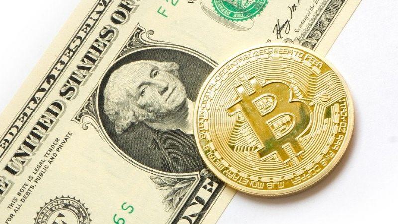 Los cajeros automáticos de bitcoin pisan fuerte en Latinoamérica