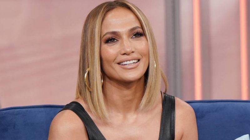 ¡Qué maravilla! Jennifer Lopez es sorprendida por su equipo de producción en Dominicana