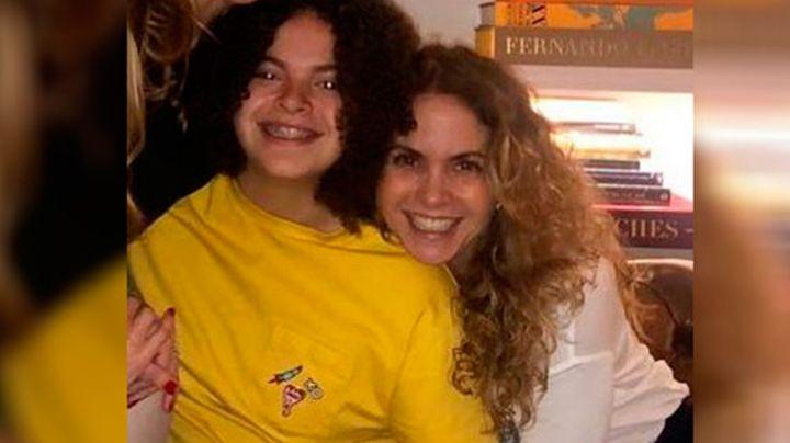 ¡A un lado Lucero! Lucerito Mijares imita a su madre en VIDEO de TikTok y causa revuelo en redes