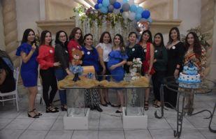 Angélica Quezada tiene su baby shower en honor a su primer hijo: Cristian