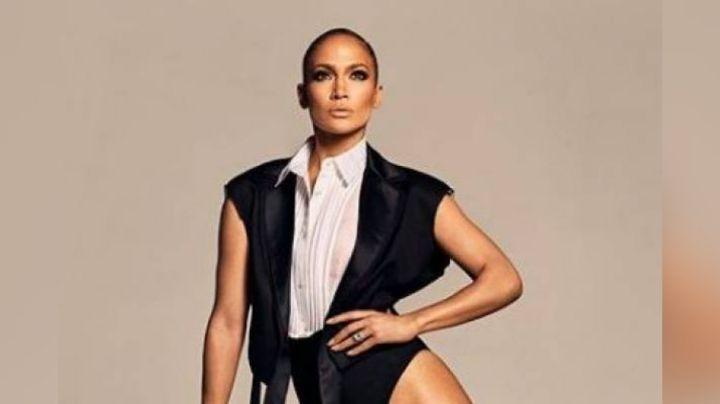 FOTO: Jennifer Lopez presume seductor estilo con entallado vestido y enamora a sus fans