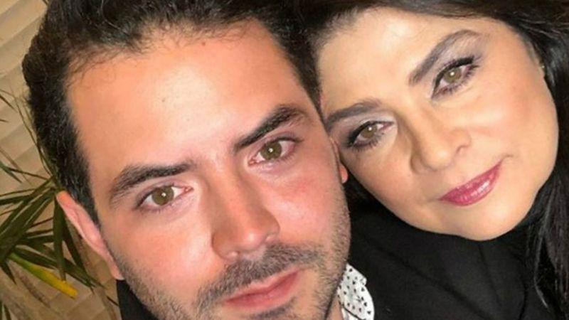 José Eduardo Derbez vuelve a Televisa; Victoria Ruffo le consiguió trabajo