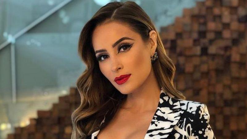 Cynthia Rodríguez se atreve a hacer esto en 'Venga la Alegría' y causa polémica en TV Azteca