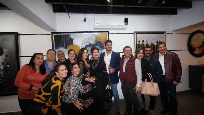 Miroslava Samaniego presenta a la sociedad cajemense sus obras de arte