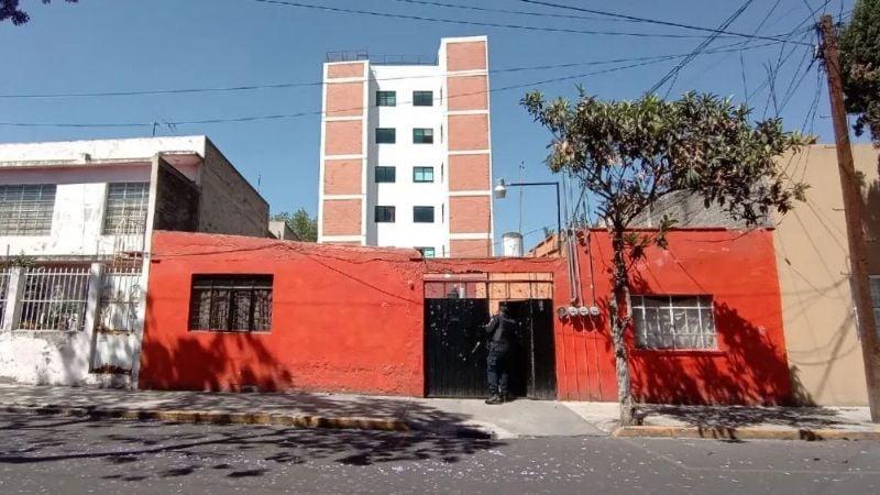 Detienen a mamá de recién nacida que la abandonó entre 2 casas en Iztacalco